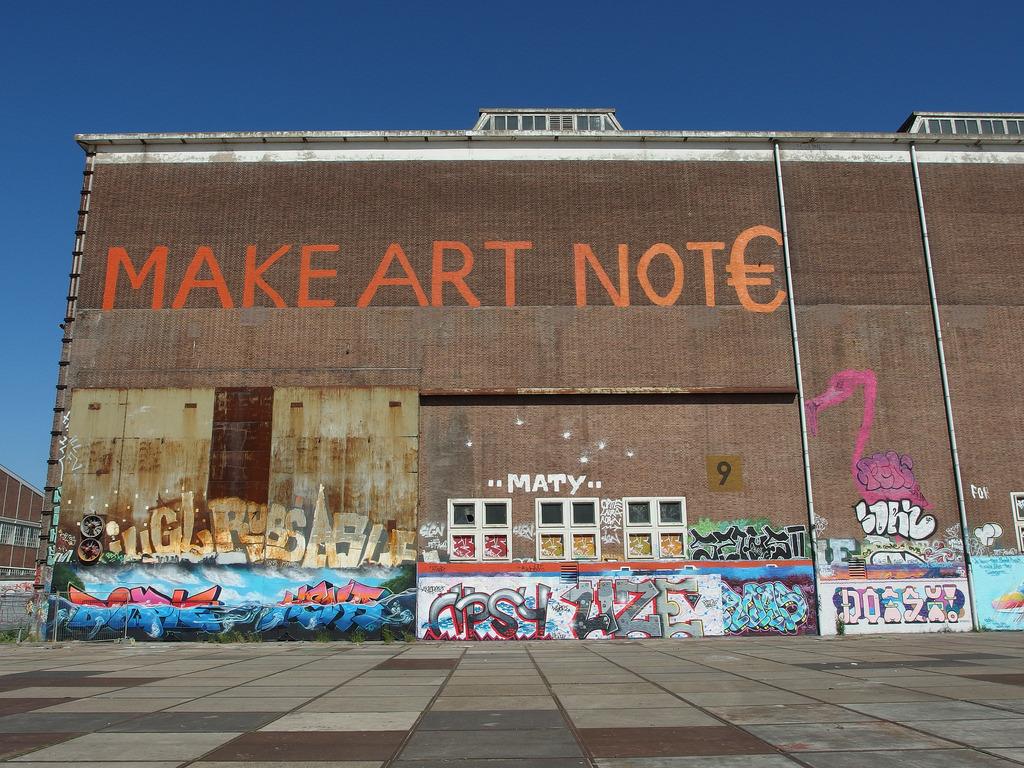 FHM-Street Art