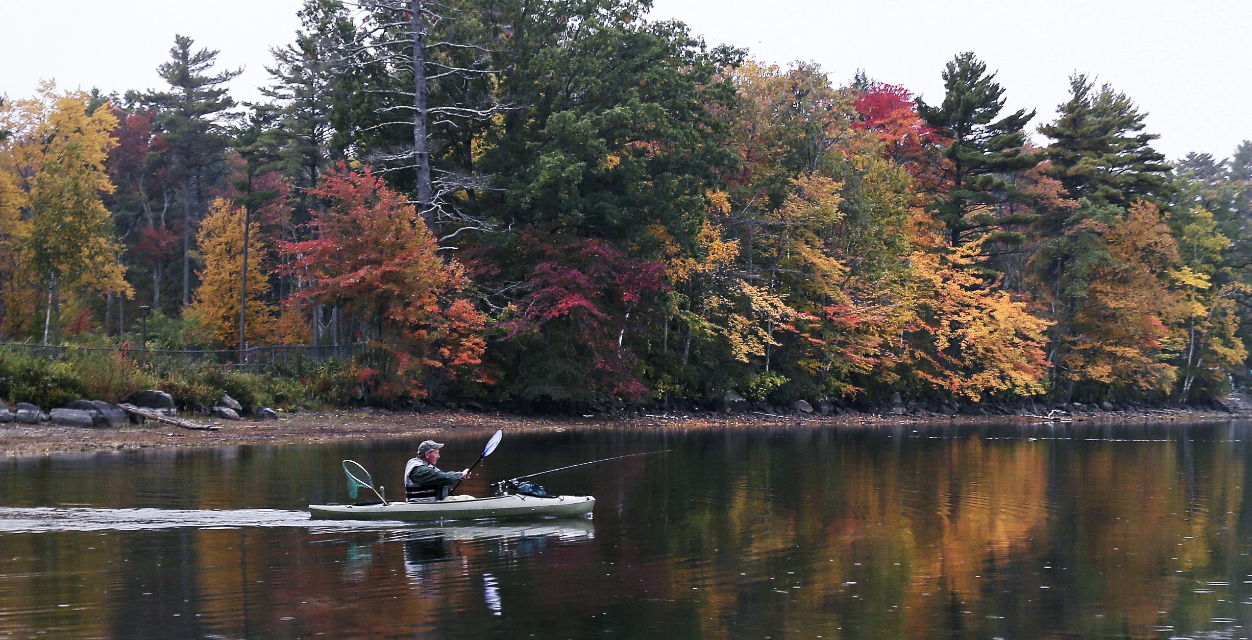 Verenigde Staten-In de staat New England is de natuur adembenemend in de herfst. Iedereen moet dat een keer meemaken.(AP Photo/Charles Krupa)