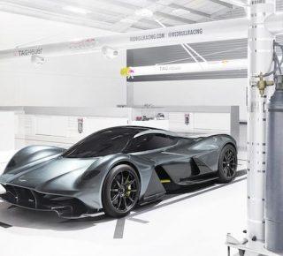 FHM-Aston Martin Valkyrie