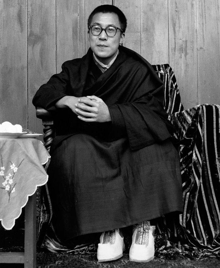 Een jonge 14e Dalai Lama