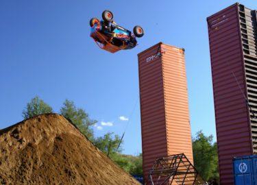 FHM-RJ Anderson doet vliegen