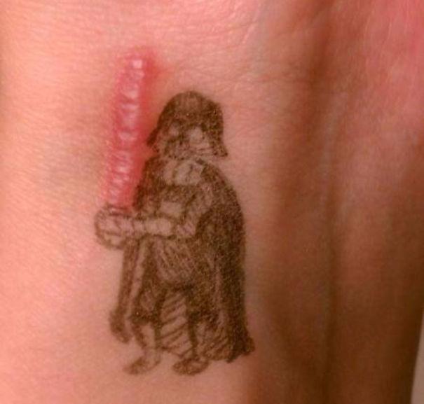 15 Geniale Tatoeages Die Littekens In Kunst Veranderden Fhm