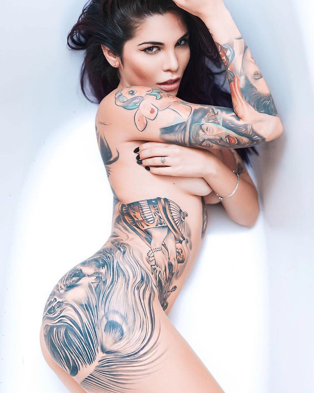 17 Kokendhete Vrouwen Die Laten Zien Dat Inkt Sexy Is Fhm