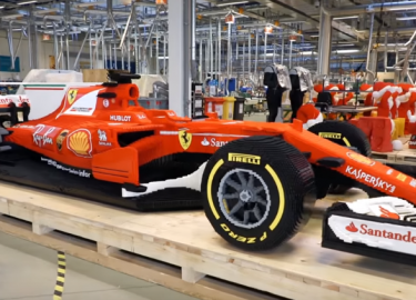 FHM-Ferrari SF70H van LEGO