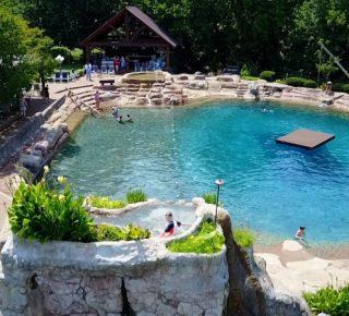 FHM-Waanzinnig Zwembad