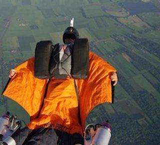 FHM-Wingsuit