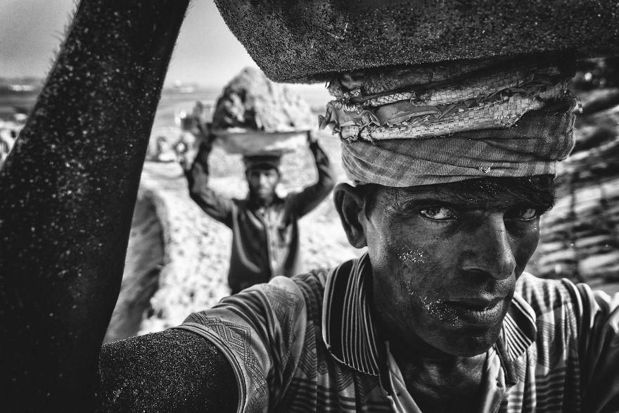 Sand Porter, Munshiganj, Dhaka, Bangladesh.