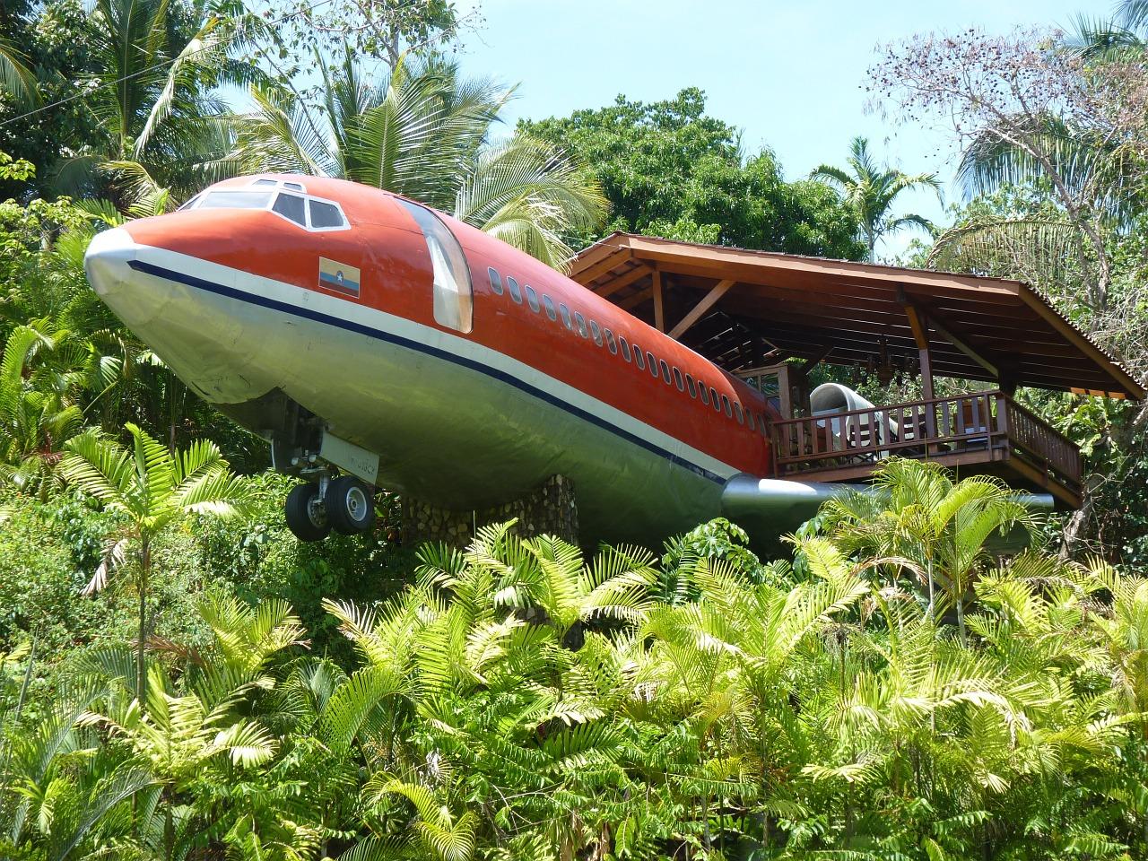 Plane Costa Rica Jungle Hotel Manuel Antonio