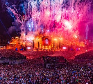 namen Tomorrowland