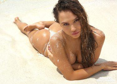 Alexis Ren Sports Illustrated