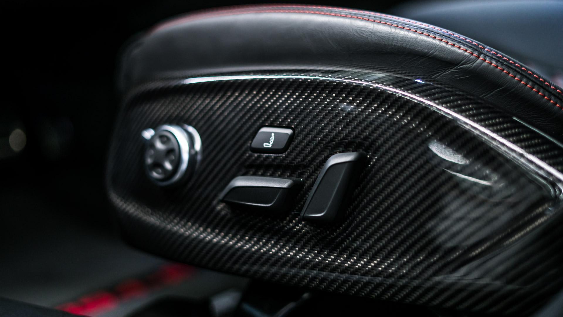 Audi RS4-R
