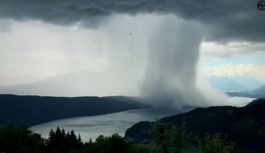 tsunami uit de lucht
