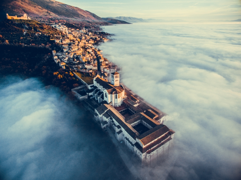 Urban Winner: 'Assisi Over the Clouds' By Francesco Cattuto