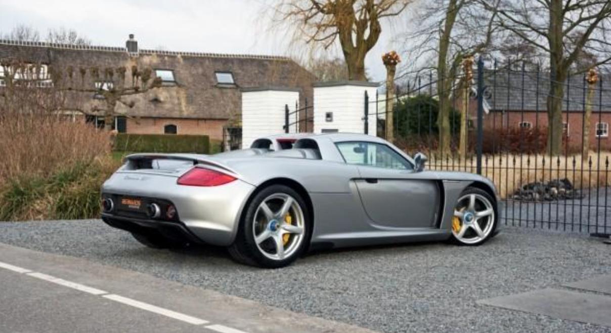 Auto Porsche Carrera GT