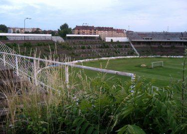 verlaten voetbalstadions