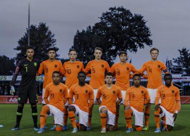 Oranje O17
