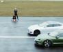 Porsche Taycan Tesla S